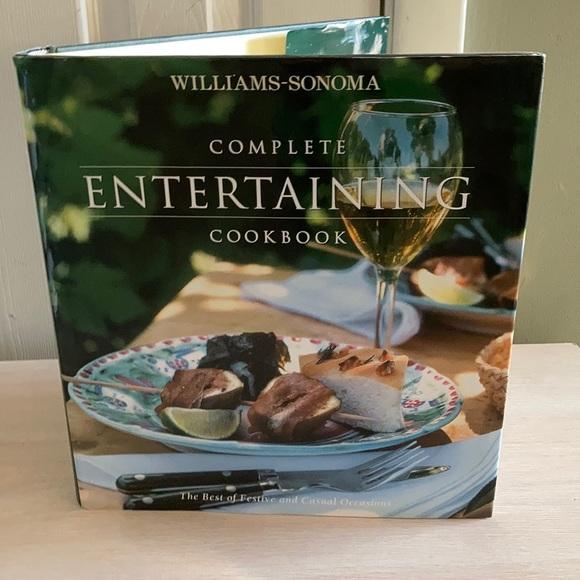 WILLIAMS-SONOMA COMPLETE ENTERTAINING COOKBOOK